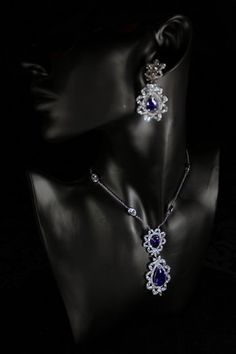 Vintage Jewelry - Earrings And Necklace Set -Cubic Zirconia White Gold Plated