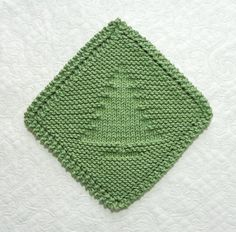 Ravelry: Christmas Tree Diagonal Dishcloth pattern by Aunt Susan