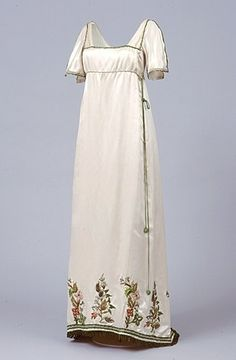Embroidered cream satin fancy dress imitating regency gowns evening gown, British, Source by lifist dresses Vintage Outfits, Vintage Dresses, Edwardian Fashion, Vintage Fashion, Gothic Fashion, Fancy Dress Ball, Fancy Gowns, Regency Dress, Regency Era