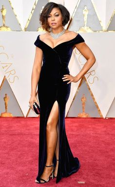 2017 Academy Awards: Taraji P. Henson in an elegant off-the-shoulder midnight velvet gown by Alberta Ferretti with a dazzling Nirav Modi collar necklace and Jimmy Choo accessories.