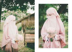 Image about love in Niqab by Syahirah Jaafar on We Heart It Arab Girls Hijab, Girl Hijab, Wedding Abaya, Wedding Dresses, Hijab Style Dress, Niqab Fashion, Hijab Niqab, Beautiful Bride, Wedding Photography