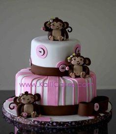 Too cute for the MUNKY clan! Pretty Cakes, Beautiful Cakes, Amazing Cakes, Fondant Cakes, Cupcake Cakes, Kid Cakes, Birthday Cake Girls, Monkey Birthday, Birthday Cakes