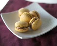 Using freeze-dried banana powder in macarons produces a delicious banana flavor, only further perfected when combined with a classic Nutella filling.