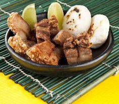 Crispy chicharron w/homemade arepas. Grandma style. #medellin #paisas #medayork #medellinlifestyle