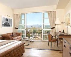Premium City View Two Doubles 365SQF/34SQM Flrs 6-11, balcony