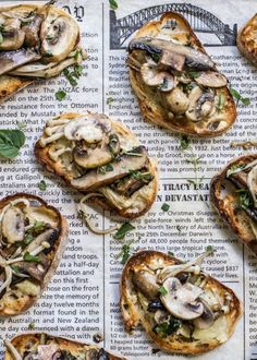 Beautiful food photography: Port-Cooked Mushroom Bruschetta with Brie, perfect or Cooking Recipes, Healthy Recipes, Vegetarian Recipes, Salad Recipes, How To Cook Mushrooms, Good Food, Yummy Food, Food Photography Tips, Food For Thought