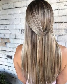 Golden Blonde Balayage for Straight Hair - Honey Blonde Hair Inspiration - The Trending Hairstyle Ombre Hair Color, Hair Color Balayage, Cool Hair Color, Blonde Balayage, Light Hair Colors, Light Colored Hair, Long Hair Colors, Blonde Foils, Blonde Color