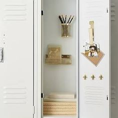 Organize your locker make it unique with Pottery Barn Teen's locker decorations. Find locker shelves and locker accessories to give your locker a boost of personality and style. Cute Locker Decorations, Cute Locker Ideas, Locker Shelves, Diy Locker, Locker Stuff, Locker Magnets, Locker Supplies, Cute School Supplies, School Organization For Teens