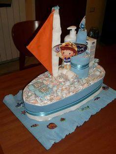 Torta di pannolini , barchetta , diaper cake