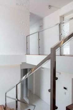Awesome Steel And Glass Interior Stair Railing
