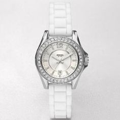 💕Reduced💕 Fossil women's dial watch (silicone) Very simple and easy to read fossil watch! The material is in white silicone so the straps can be changed to your favorite color. The case diameter is about 30mm. Worn less than 5 times so it's still in perfect condition! Minimum to no scratches anywhere! 🌸 Price is negotiable, paypal only! 🌸 Comes with the original case and the tag because I kept everything. Fossil Jewelry
