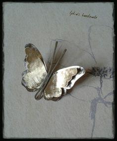 Καρφίτσα χειροποίητη, πεταλούδα, με αλπακά και ορείχαλκο! Butterflies, Handmade Jewelry, Paintings, Christmas, Art, Jewels, Xmas, Art Background, Handmade Jewellery