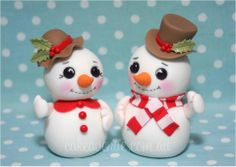 Newest Images clay ornaments couples Concepts fbcdn-sphotos-b-a… Polymer Clay Ornaments, Cute Polymer Clay, Fimo Clay, Polymer Clay Projects, Polymer Clay Charms, Polymer Clay Creations, Xmas Ornaments, Christmas Decorations, Winter Torte