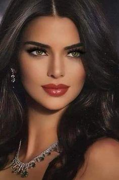 Lovely Eyes, Most Beautiful Faces, Stunning Eyes, Gorgeous Women, Beautiful Lips, Beautiful People, Girl Face, Woman Face, Brunette Beauty