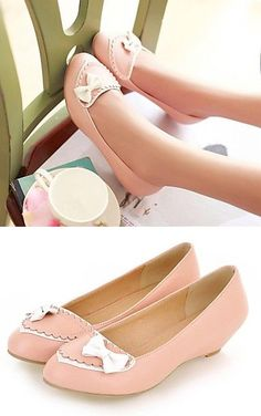 Pink and White Bow Flats