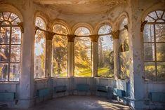 Old sanatorium // Tskaltubo // Georgia Abandoned Mansions, Abandoned Places, Travel Pictures, Travel Photos, South Ossetia, Urban Exploration, Travel Bugs, Resort Spa, Tours