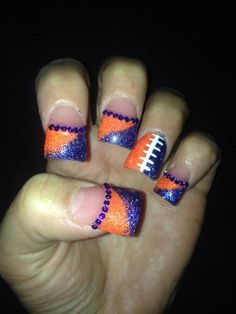 add blue gems instead of beads Denver Broncos Nails, Football Nails, Fun Nails, Pretty Nails, Sports Nail Art, Nail Tips, Nail Ideas, Fingernail Designs, Neutral Nails