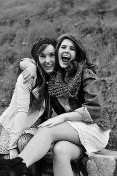 by Melissa Carr  #bestfriends #photoshoot