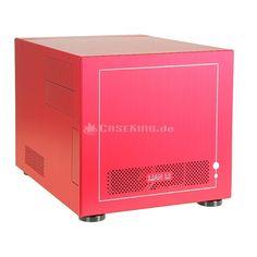Lian Li PC-V352R Micro-ATX Cube in rot. Die neuste Kollektion von Lian Li wird vor allem um drei Aspekte erweitert: Dank Tool-less Design sind die Komponenten noch einfacher einzubauen. Zugleich sorgen mehr Anti-Vibrations-Elemente für eine noch effektivere Entkopplung und damit eine noch geringere Geräuschentwicklung. Drittens werden die neuen Cases mit der modernen USB 3.0 Schnittstelle ausgestattet, die deutlich höhere Transferraten erlaubt.