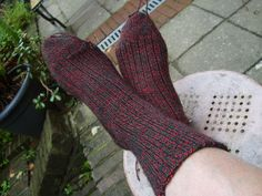 knitting socks step by step on a circular needle. by sprokkelen