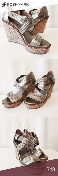 """✨ Banana Republic Pewter Woven Platform Wedges Fabulous shoes! Super comfortable platform wedges. Worn once. This color can be worn with everything.  Leather upper  Cork Platform   1 1/2"""" platform  4 1/2"""" heel Banana Republic Shoes Platforms"""