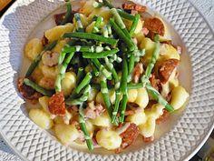 Gnocchi, kolbász, zöldbab, hollandi mártás, fantasztikus íz és látvány. Fél óra alatt elkészíthető, ne hagyd ki!