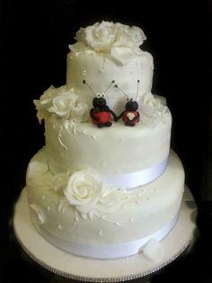 #cakes classica #weddingcake http://www.simocakedesigner.it
