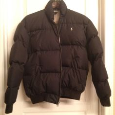 Ralph Lauren puffy down coat Size small very puffy Ralph Lauren coat. Down-filled. I hate to see this go but it no longer fits me :(. Very very warm coat to have as temps drop! Ralph Lauren Jackets & Coats Puffers