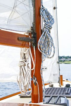 J Class Yacht Ranger, 1937 America's Cup J Yacht Ranger Wooden Sailboat Model Kayaks, Cape Cod Collegiate, Classic Sailing, Classic Boat, Sail Away, Set Sail, Am Meer, Wooden Boats, Wooden Sailboat