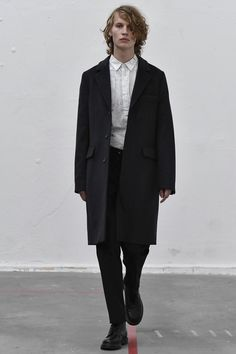 L Homme Rouge Stockholm Spring 2017 Fashion Show a4204ca68ea47