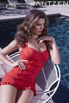 Solid Retro Swim Dress #Jantzen #DiveIn #DivingGirl