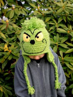 Crochet Grinch hat @Kristin Godwin .. guess what Jackson is getting!!!???!!!