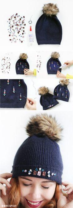 Thêm điểm nhấn cho chiếc mũ len trơn bằng hạt đá nhiều màu