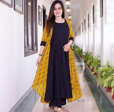 Beautiful kurti with printed jacket. Pakistani Fashion Casual, Abaya Fashion, Women's Fashion Dresses, Indian Fashion, Pakistani Dresses, Indian Dresses, Indian Outfits, Simple Kurta Designs, Kurti With Jacket