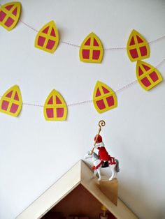 mijter06 Diy For Kids, Crafts For Kids, Arts And Crafts, Diy Crafts, St Nicholas School, Saint Nicholas, Kids Christmas, Christmas Crafts, Advent