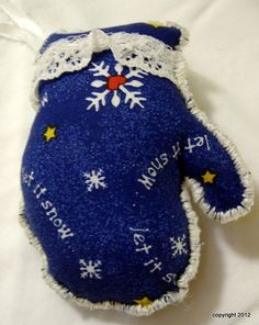 Fabric Mitten Christmas Ornament 3 to choose by MystieMeadowGifts, $4.00
