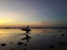 surfer . bingin beach