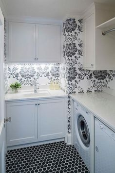 Epic 24 Top Laundry Room Design And Decor Ideas https://24spaces.com/home-apartment/24-top-laundry-room-design-and-decor-ideas/