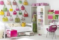 Display your collection of pursesI KNOW YOURE PROUD! If I was designing my dorm room I would have my collection of shoes on open shelves. By bringing your favorite fashions out and displayed as art work actually brings color to your space and organizes all in one.