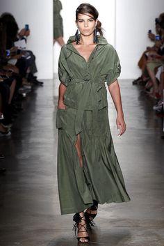 2016春夏プレタポルテコレクション - マリッサ・ウェブ(MARISSA WEBB)ランウェイ|コレクション(ファッションショー)|VOGUE JAPAN