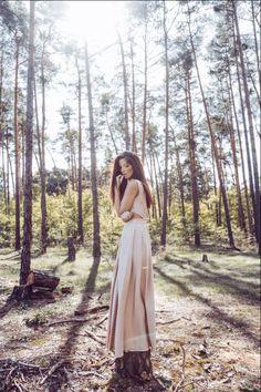 Luxusné spoločenské šaty od slovenskej módnej návrhárky Katky Vavrovej Bohemian, Dresses, Style, Fashion, Vestidos, Swag, Moda, Fashion Styles, Dress