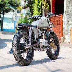 Cafe racer 250cc / Medio manillar