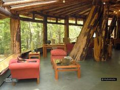 Magic Mountain Hotel in Panguipulli Chile : cool!