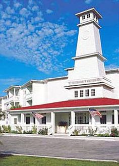 Lighthouse Inn at Aransas Bay in Rockport, TX. Built in 1877, this hotel combines modern style with a Victorian-inspired ambiance.