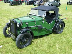 1930s Austin Seven Sports Special by Austin7nut, via Flickr.  I bet that little exhaust pipe could be quite toasty against your leg when you get in or out.