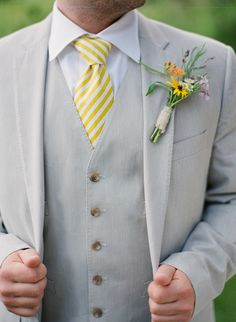 Barn Wedding At The Enchanted Barn Grey Suit. It would go perfect with my sunflower theme! It would go perfect with my sunflower theme! Wedding Groom, Wedding Men, Wedding Suits, Wedding Attire, Our Wedding, Dream Wedding, Wedding Tuxedos, Trendy Wedding, White Tuxedo Wedding