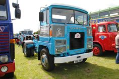 Commercial Vehicle, Classic Trucks, Big Trucks, Buses, Vans, Trucks, Classic Pickup Trucks, Van, Busses