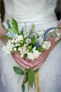 Small and Simple Wedding Bouquets