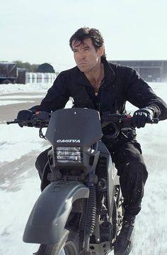 James Bond Casual - Pierce Brosnan all black de jaqueta