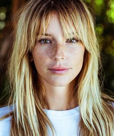 Fleco The Effective Pictures We Offer You About fringe hairstyles medium A quality picture can tell Fringe Hairstyles, Hairstyles With Bangs, Pretty Hairstyles, Fringe Haircut, Cut My Hair, New Hair, Hair Cuts, Good Hair Day, Great Hair